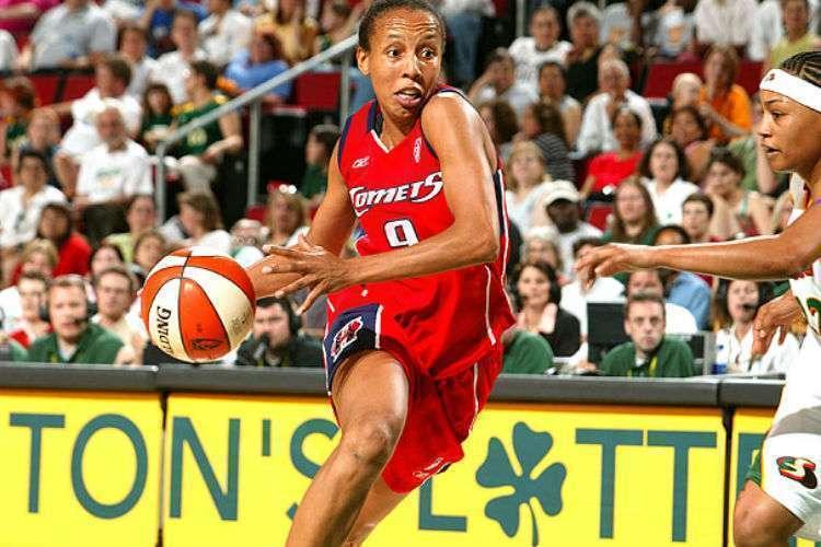 Janeth foi quatro vezes campeã da WNBA (Foto: Divulgação/WNBA)