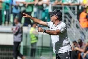 Marcelo Oliveira 24-07-16 Jogo com o Palmeiras