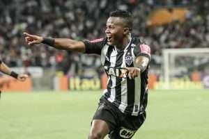 Cazares jogo com o Botafogo