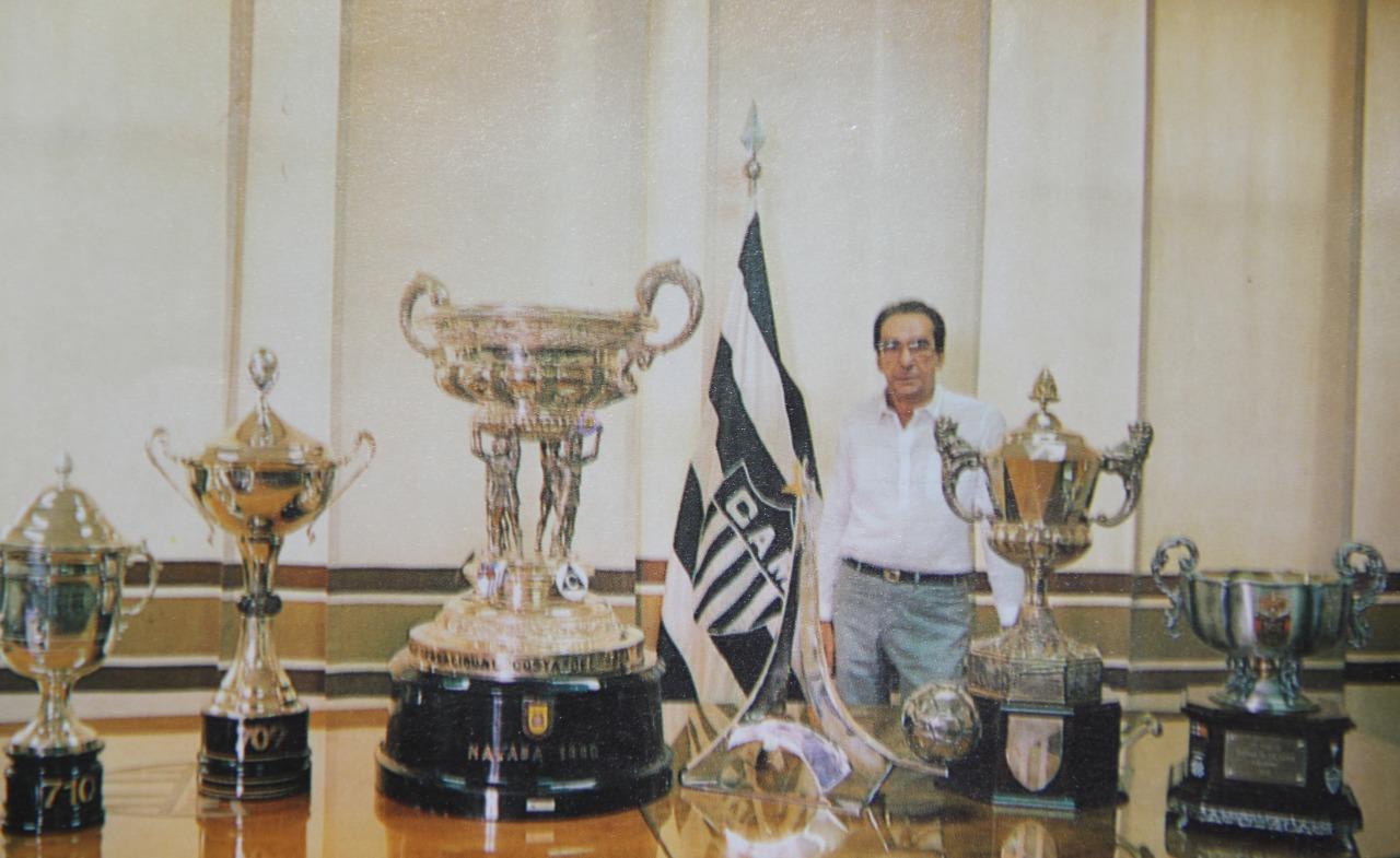 Kalil e os troféus conquistados na Europa: o Atlético não é menor do que nenhum time do mundo