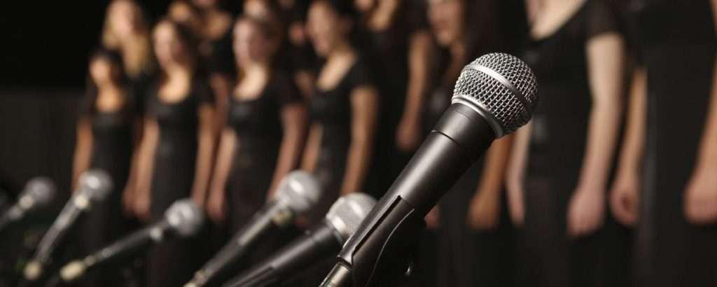 Foto: quem canta os males espanta https://pbs.twimg.com/media/CbwA5ItXIAAt7pd.jpg