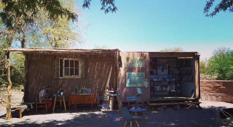Librería del Desierto - Foto: arquivo pessoal. Librería del Desierto, San Pedro de Atacama, Chile.