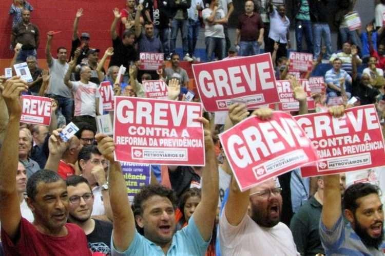 Resultado de imagem para 'GREVE GERAL' FEZ BARULHO, MAS NÃO PAROU O PAÍS