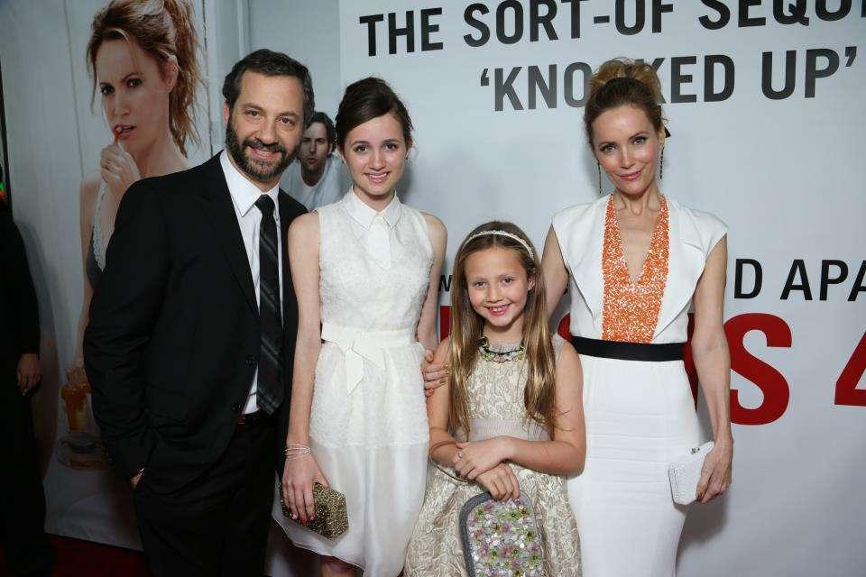 O diretor leva a família à estreia