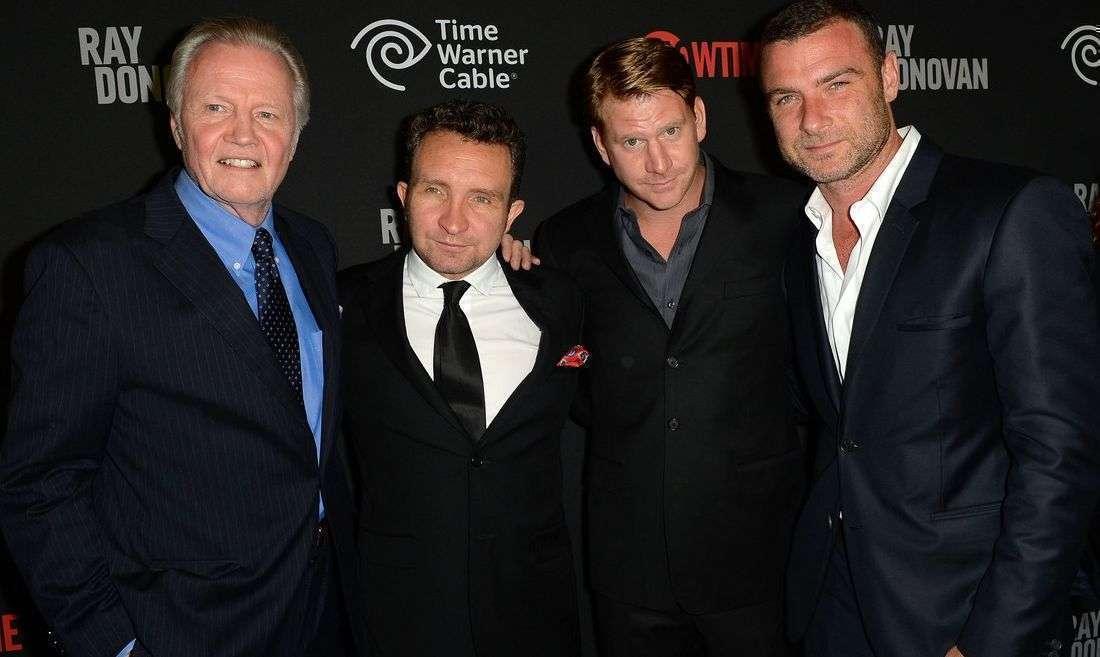 """A """"família"""" se reúne para o lançamento em Los Angeles"""