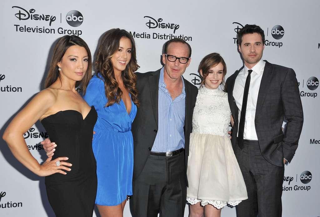A Disney convocou o elenco para o lançamento da série