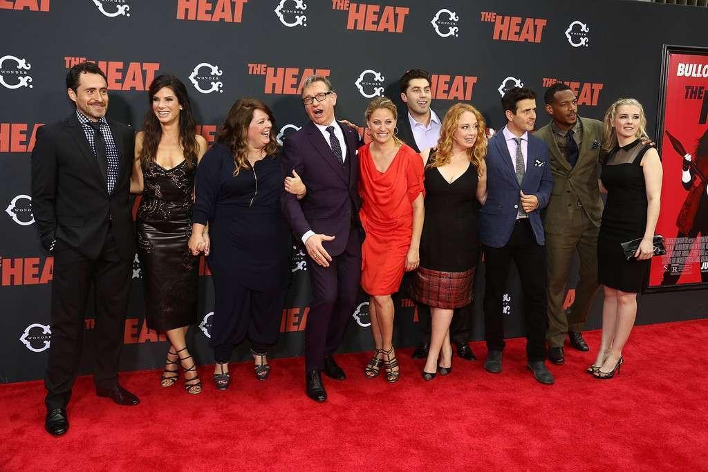 Diretor reúne a equipe na premiere de NY