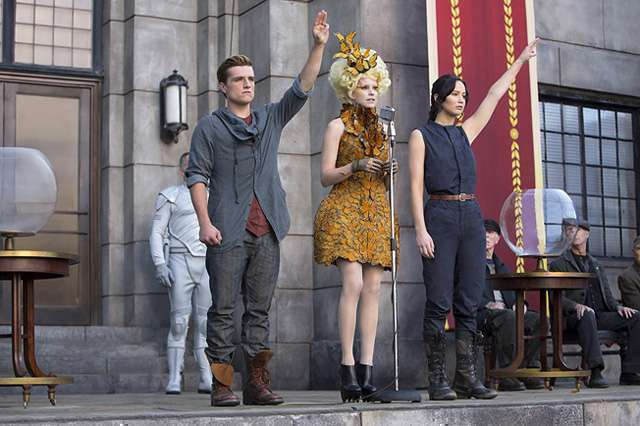 HG Catching Fire scene
