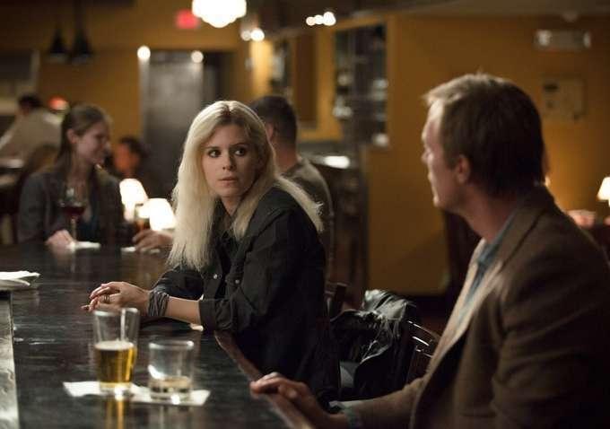 Coube a Kate Mara o pior papel do filme (acima, com Paul Bettany)