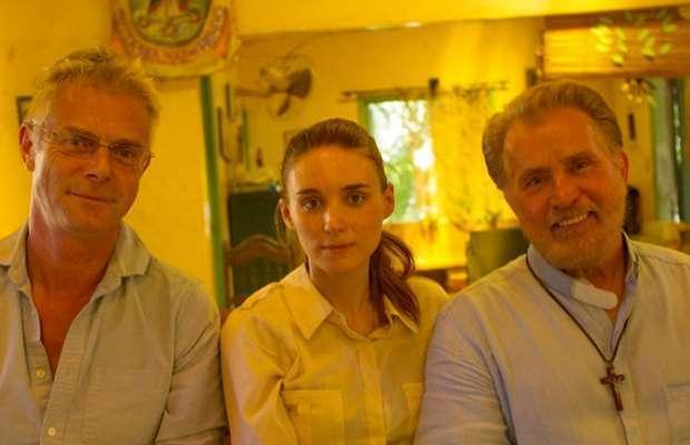 Stephen Daldry e seu elenco estrangeiro: Rooney Mara e Martin Sheen