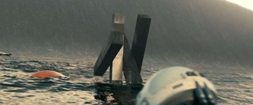 Os robôs TARS e CASE são algumas das interessantes criações dos Nolans