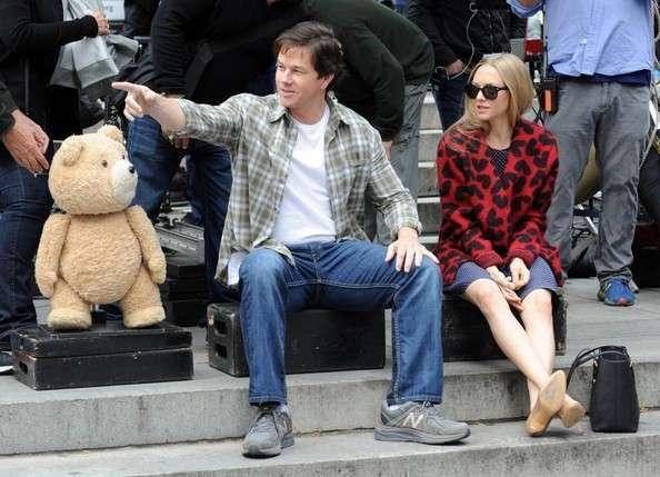 Seyfried é o novo par romântico de Wahlberg