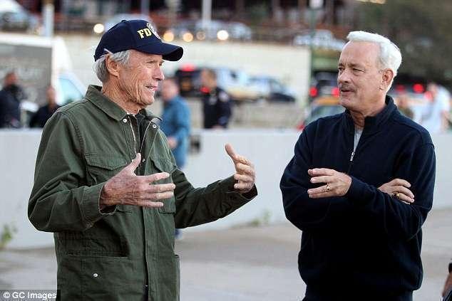 Eastwood orienta seu astro