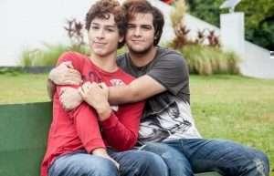 amigos gays II